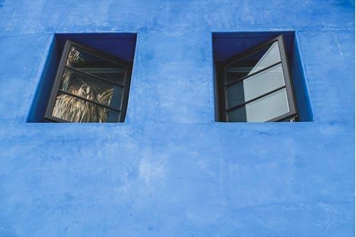 Blu wall west side JK 4tlr
